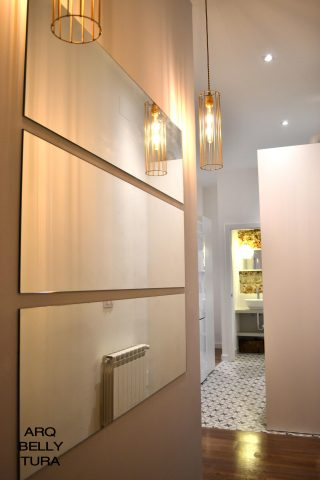lampara, espejo, hall, entrada, reforma, interiorismo, decoracion, arquitectura